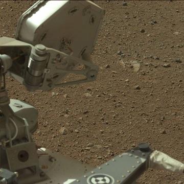 mastcam-left-mast_left-onboard-nasas-mars-rover-curiosity-on-sol-3-2012-08-09-05-25-51-utc.jpg